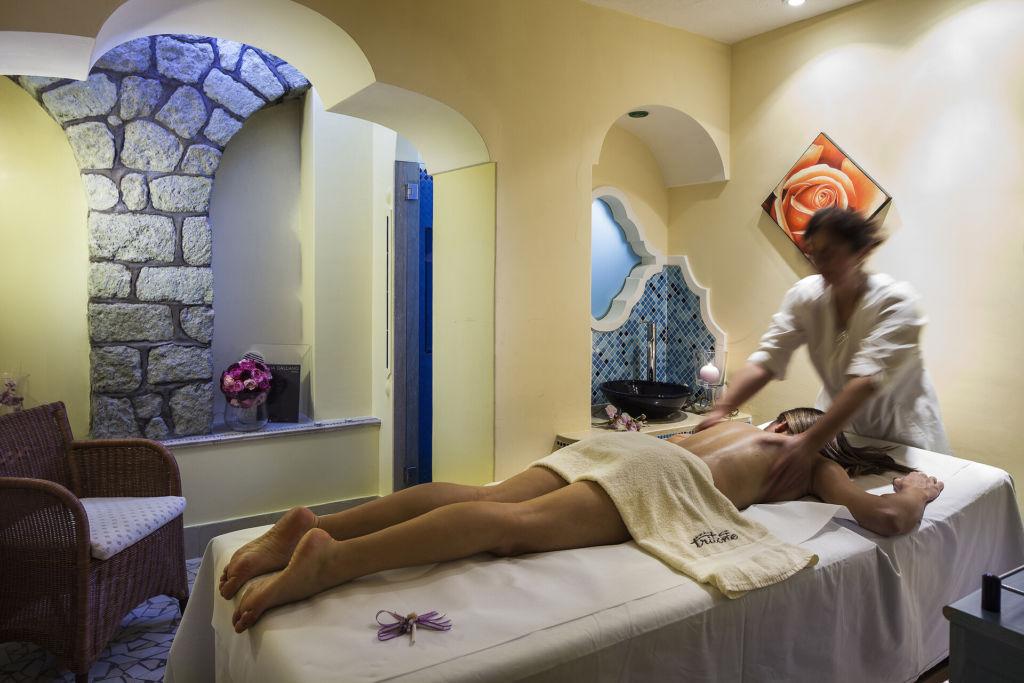 Promo del 10% più 1 massaggio terapeutico in omaggio